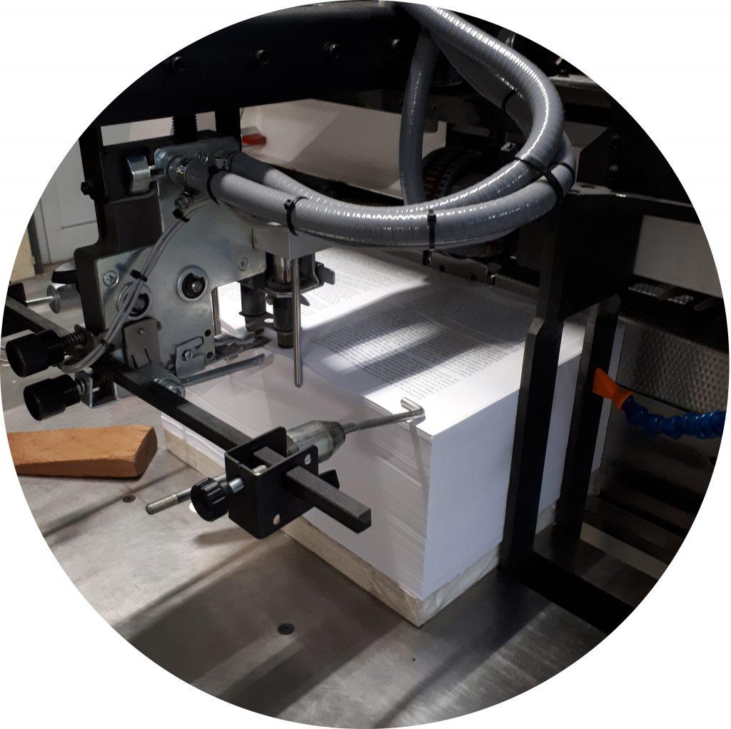 naaien inleg stapel eigen drukwerk