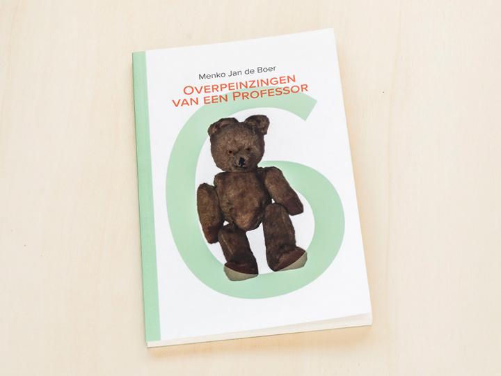 boek uitgeven in eigen beheer