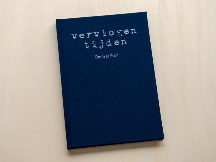 linnen levensboek met zilveren bedrukking